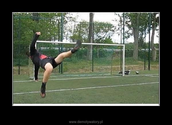 Piłka nożna - Dążenie do celu – Impossible is nothing