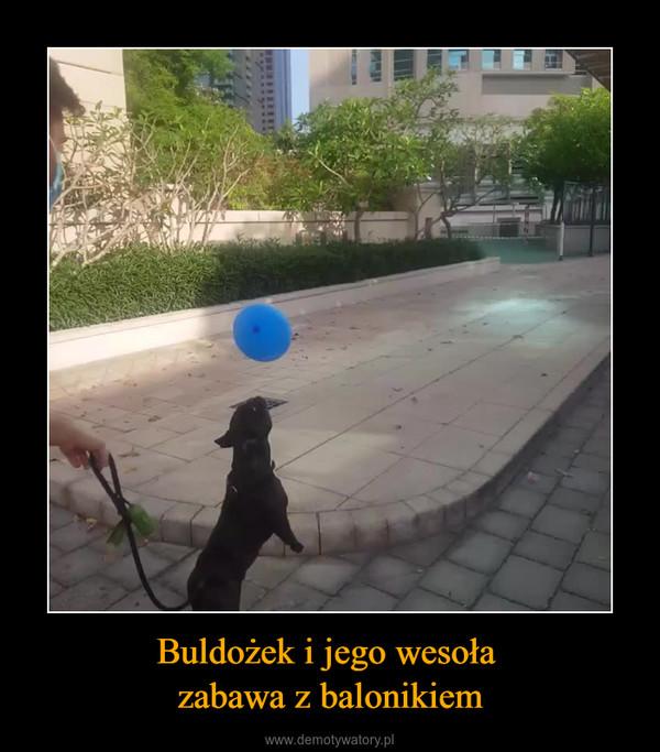 Buldożek i jego wesoła zabawa z balonikiem –